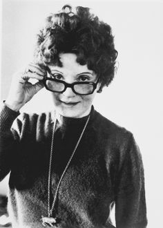 Muriel Spark, author of The Prime of Miss Jean Brodie, knows how to rock a pair of specs! #classic