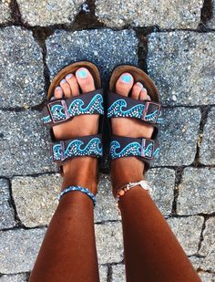 Pinterest: @Beachbeauty18 Diy hand painted blue wave on black birkenstocks Birkenstock Sandals, Birkenstock Florida, Birkenstock Mayari, Baby Birkenstocks, Sandal Heels, Strap Heels, Sock Shoes, Cute Shoes, Me Too Shoes