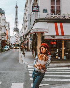 street_style_paris on Poshinsta Paris Outfits, Winter Fashion Outfits, Mode Outfits, Top 10 Instagram, Instagram Worthy, Paris Photography, Photography Poses, Image Fashion, Shooting Photo
