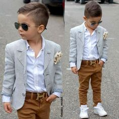 Boyswear: How to Get Boys to Dress and Act like Gentlemen Gent Style Inspiration Toddler Boy Fashion, Little Boy Fashion, Toddler Boy Outfits, Fashion Kids, Toddler Boys, Young Boys Fashion, Toddler Boy Haircuts, Baby Boys, Outfits Niños