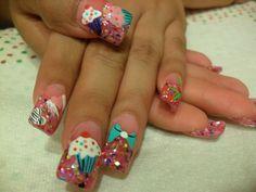 http://s3photo.nailartgallery.nailsmag.com/landi_nails89_277586_f.jpg
