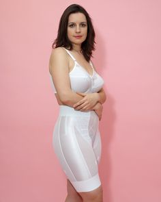 """cooltim: """"Schlicht , schick , formend """" I would love to add this girdle to my private collection! Retro Lingerie, Belle Lingerie, Luxury Lingerie, Bra Lingerie, Lingerie Models, Plus Size Girdle, Nylons, Directoire Knickers, Full Figure Dress"""