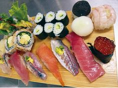 Image result for tuna roll in japan fish market