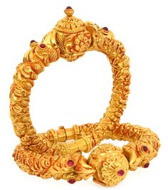 In India, it is also common that young children will wear thin gold bangles on their hands and ankles. Gold Bangles Design, Gold Jewellery Design, Gold Jewelry, Fine Jewelry, Jewelry Necklaces, Designer Bangles, Stylish Jewelry, Boho Necklace, Silver Bracelets