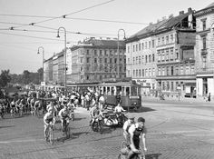Vienna Austria, Back In Time, Hungary, Street View, Black And White, Vintage, Yesterday And Today, Trench, Weather