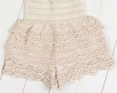 Vintage Tiffany tiered lace shorts