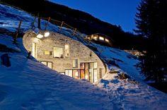 Villa Vals in Svizzera: la casa nella roccia