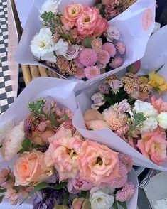 Flowers Nature, My Flower, Beautiful Flowers, Pink Flowers, Flower Aesthetic, Pink Aesthetic, Planting Flowers, Floral Arrangements, Floral Wreath