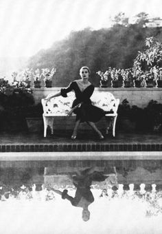 photo of grace kelly Black White Photos, Black And White Photography, Classic Hollywood, Old Hollywood, Image Basket, Patricia Kelly, Princess Grace Kelly, Vintage Glamour, Classic Beauty