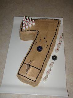 Number 7 Bowling lane cake