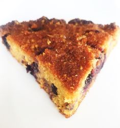 Simple, with natural flavors! Perfect for breakfast or as a dessert!  #healtheebelly #healtheebellydesserts #healtheebellyrecipes #glutenfree #sugarfree #glutenfreedessert Healthy Dessert Recipes, Delicious Desserts, Vegan Recipes, Gluten Free Cakes, Gluten Free Desserts, Polenta Cakes, Breakfast Dishes, Natural Flavors, Sugar Free