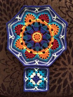 In spite of the bad weather (lots of rain!), we had a lovely holiday. We still like to do lots of active and sporty activities but bad weat.Persian Tile Crochet Blanket Pattern by Janie CrowIt's mostly about tatting! Crochet Mandala Pattern, Crochet Quilt, Granny Square Crochet Pattern, Crochet Blocks, Crochet Squares, Crochet Blanket Patterns, Crochet Yarn, Crochet Stitches, Knitting Patterns