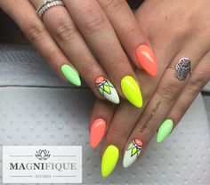 Neon nails Nägel neonowe paznokcie naildesign Nailart Summer nails wzorki malowane Sommer