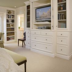 Bedroom Photos Built-in Dresser Design Ideas, Pictures, Remodel, and Decor - page 2