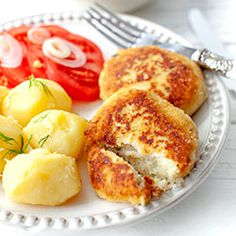 Kotlety z kalafiora. Pyszna klasyka kuchni polskiej. Chrupiące kotleciki z gotowanego kalafiora. Świetne na jarski obiad!