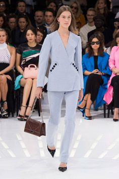 Christian Dior Spring 2015 Ready-to-Wear Collection  - ELLE.com