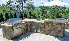 Large Luxury Outdoor Kitchens | Outdoor Luxury - Outdoor Kitchens, Grilling Islands & BBQs