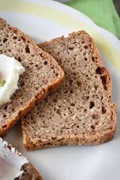 Semínkový celozrnný žitný chléb Bread Baking, Banana Bread, Food And Drink, Health Fitness, Menu, Healthy Recipes, Cooking, Desserts, Diet