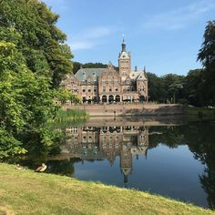 Santpoort Noord - Landgoed Duin en Kruidberg @tuerkiscastle Holland, Close To Home, Restaurant, Mansions, House Styles, Instagram Posts, Travel, Vacation, The Nederlands