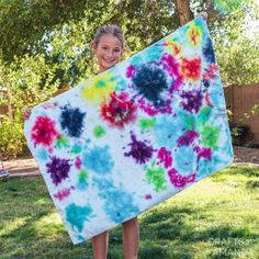 Tie Dye Beach Towels Family Crafts, New Crafts, Craft Stick Crafts, Decor Crafts, Recycled Crafts Kids, Crafts For Kids, Art For Kids, Craft Tutorials, Craft Projects
