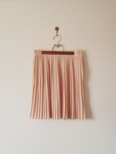 vintage coral pink pleated skirt by lippedlove on Etsy, $36.00