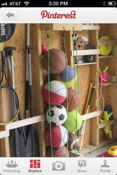 Bungee cords to hold balls Garage Organisation, Sports Organization, Storage Organization, Storage Shed Interior Ideas, Easy Storage, Storage Area, Board Game Storage, Creative Storage, Extra Storage