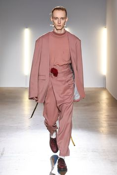 The complete Christian Dada Fall 2018 Menswear fashion show now on Vogue Runway.