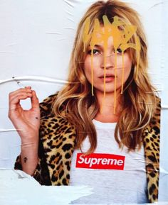 Kate Moss last Terry Richardson photographed Supreme campaign in the same cheetah print jacket House of Leopard Ella Moss, Fashion Mode, Look Fashion, Fashion Styles, Fashion Art, Fashion News, Estilo Kate Moss, Kate Moss Stil, Mode Lookbook
