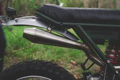 A pukka scrambler: custom Honda XR650L by Federal Moto.
