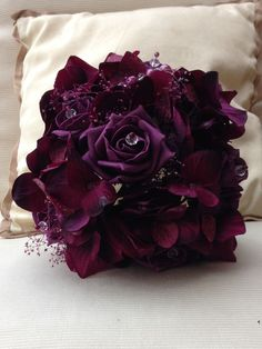 VINTAGE PURPLE PLUM AUBERGINE HYDRANGA ROSES PEARLS BOUQUET BRIDES WEDDING in Home, Furniture & DIY, Wedding Supplies, Flowers, Petals & Garlands   eBay!