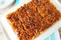 Stop salivating and make up these super easy Sticky Caramel Pecan Rolls. All you need is 6 simple ingredients and you'll have a show stopper! Sticky Rolls, Pecan Sticky Buns, Pecan Cinnamon Rolls, Pecan Rolls, Caramel Rolls, Caramel Pecan, Breakfast Items, Breakfast Recipes, Breakfast Casserole
