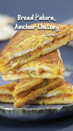 Pakora Recipes, Chaat Recipe, Tasty Vegetarian Recipes, Spicy Recipes, Fun Baking Recipes, Cooking Recipes, Bread Recipes, Indian Dessert Recipes, Food Garnishes