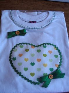 Best embroidery designs for girls children Ideas Applique Tutorial, Applique Patterns, Applique Designs, Embroidery Designs, Baby Sewing Projects, Sewing For Kids, Sewing Crafts, Baby Dress Patterns, Little Girl Dresses