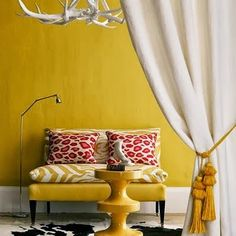 Yellow Living Room Ideas Home Design Ideas Mustard Living Rooms, Animal Print Decor, Animal Prints, Leopard Prints, Red Leopard, Cheetah Print, Sweet Home, Colourful Living Room, Yellow Interior