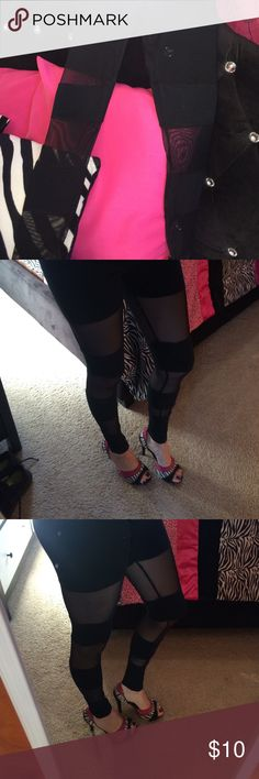 ✨ Mesh black leggings✨ Worn once! Size S but fits an XS! Sexy!! Pair it with a crop top✨ Love Culture Pants Leggings