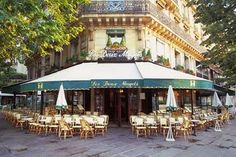 Les Deux Magots Cafe in Paris