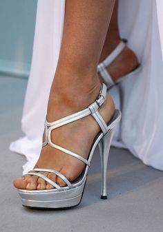 Irina Shayk Feet Pictures