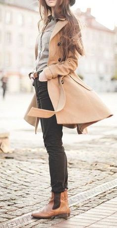 #street #style fall / beige trench coat:
