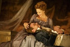 cool Review: NYC revival of 'Les Liaisons Dangereuses' crackles