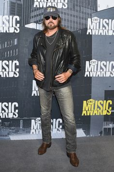 Musical artist Billy Ray Cyrus attends the 2017 CMT Music Awards at the Music City Center on June 2017 in Nashville, Tennessee. (Photo by Michael Loccisano/Getty Images For CMT) Luke Bryan Country Girl, Nashville News, Nashville Tennessee, Charles Kelley, Cowboy Song, Cole Swindell, Carolina Herrera Dresses, Cmt Music Awards, Billy Ray Cyrus
