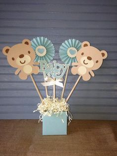New baby shower ideas centros de mesa para varon Ideas Teddy Bear Centerpieces, Baby Shower Centerpieces, Shower Bebe, Baby Boy Shower, Baby Design, Baby Shower Games, Baby Shower Parties, Mesas Para Baby Shower, Teddy Bear Baby Shower