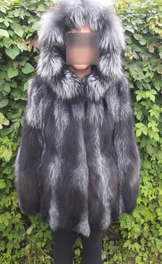 SILVER FOX FUR coat jacket with hood-Silberfuchs Pelzmantel Pelzjacke mit Haube-Giacca di pelliccia con cappuccioчернобурки шуба с капюшоном by DamianKastorianFurs on Etsy