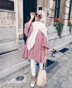 New fashion hijab outfits casual muslim - hijab outfit Hijab Fashion Summer, Modest Fashion Hijab, Modern Hijab Fashion, Street Hijab Fashion, Casual Hijab Outfit, Hijab Fashion Inspiration, Muslim Fashion, Mode Inspiration, Casual Outfits