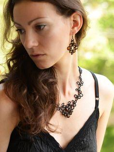 Collana pizzo nero petali collana nera con collana di di LacedMood