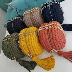 Learn Crochet Crochet How to crochet doily Part 1 Crochet doily rug tutorial - Crochet How to crochet doily Part 1 Crochet doily rug tutorial Crochet Doily Rug, Diy Crochet, Crochet Stitches, Crochet Patterns, Learn Crochet, Tutorial Crochet, Crochet Handbags, Crochet Purses, Crochet Braids