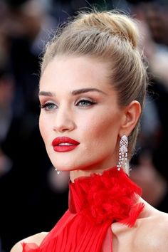 Rosie Huntington-Whiteley at Cannes 2016
