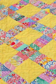 yellow square with scrappy strip sewn across one diagonal Old Quilts, Antique Quilts, Scrappy Quilts, Easy Quilts, Vintage Quilts, Crib Quilts, Mini Quilts, Quilting Projects, Quilting Ideas