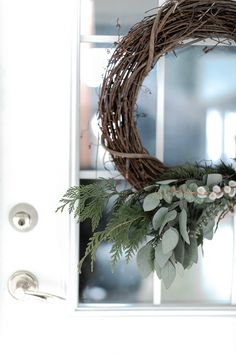 How I used natural elements from Scandinavian and Modern Farmhouse design concepts to decorate for Christmas this year for a simple decor theme Modern Farmhouse Design, Seasonal Decor, Grapevine Wreath, Grape Vines, Home Crafts, Scandinavian, Interior Decorating, Projects To Try, Christmas Decorations