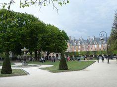 Place des Vosges | Park in Le Marais Paris