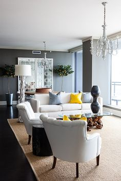 Gorgeous and chic living room via Mix and Chic